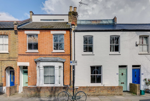 Contracts Exchanged on Two Terrace Properties in Chiswick