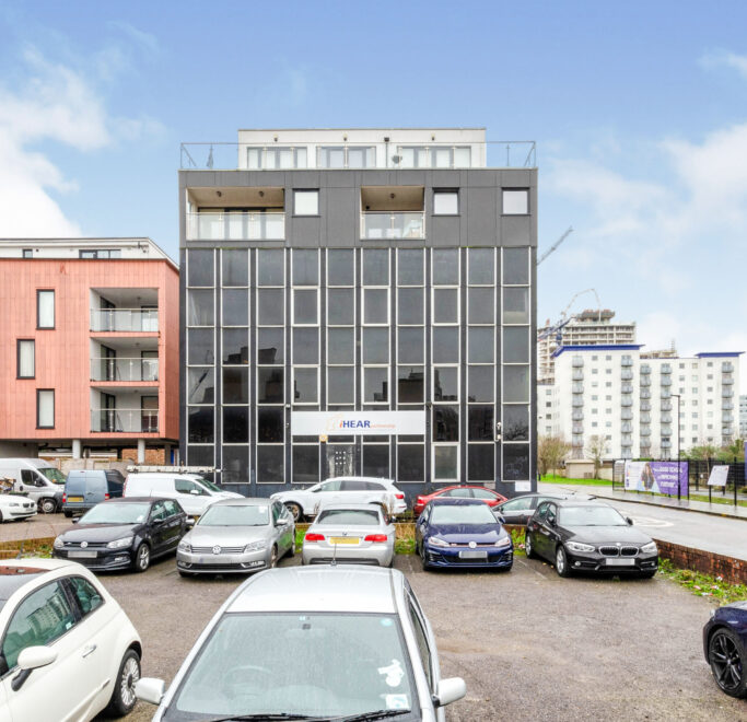 Car Park Pharmacia House Flats 1 7 Saddlers Place Prince Regent Road Hounslow TW3 1 NE