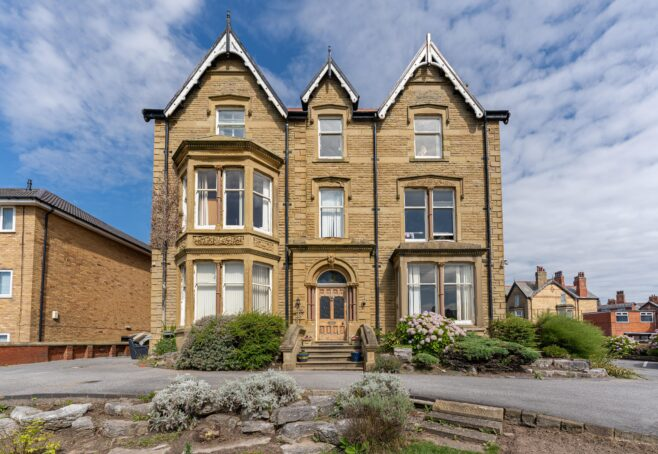 Clifton Drive North, Lytham St Annes FY8