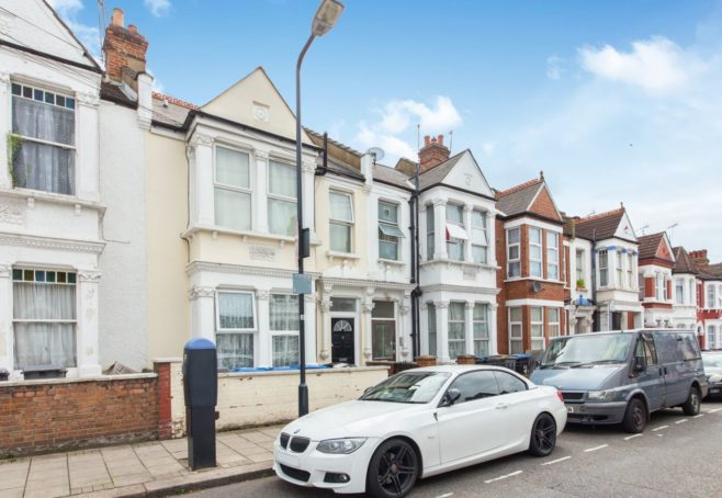 5 Howard Road, London, NW2 6DS